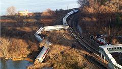 V New Yorku vykolejil příměstský vlak. Zemřeli nejméně čtyři lidé