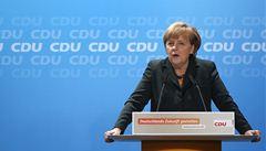 Koalice s SPD zemi prospěje, domlouvala Merkelová svým spolustraníkům