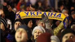 Smíří rozpolcený Kyjev jednání u kulatého stolu?
