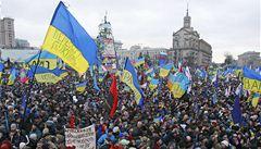 Demise! volá milion lidí v ulicích Kyjeva i vězněná Tymošenková