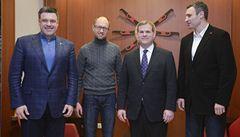 Slavný boxer, nacionalista a ekonom: trojice v čele ukrajinské opozice