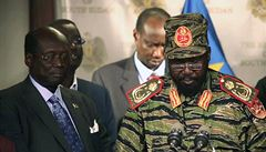 Boje v Jižním Súdánu pokračují, tisíce civilistů prchá pod ochranu OSN