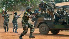 Ve středoafrickém Bangui se opět střílí, křesťané útočí na muslimy