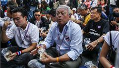 Piknikem proti vládě: thajští demonstranti zablokovali ulice Bangkoku