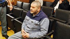Kmotr Novák zůstává za mřížemi. Nepolepšil se v chování, zopakoval soud