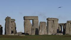 Stonehenge mohl sloužit jako hudební nástroj, ukazují průzkumy