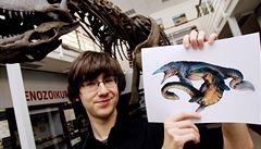 Paleontolog: Dinosauři museli dávat pozor, aby se při sexu nepolámali
