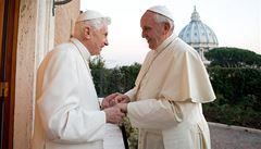 Bývalý papež poprvé ukázal svůj dům. Svému nástupci i světu