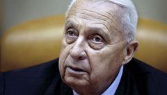 Zemřel Ariel Šaron. 'Král Izraele' a 'řezník z Bejrútu' byl 8 let v komatu