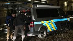 Policie prosí o pomoc. Hledá vraha ženy nalezené na Praze 2
