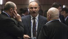 Páteční LN: Jděte po Ivanu Langerovi, vyzývá ministr Válkovou