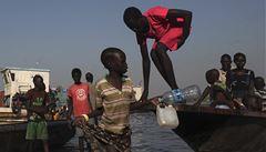 V Jižním Súdánu se utopily stovky lidí. Utíkali před válkou