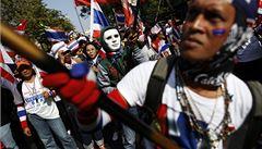 Thajská vláda se brání útokem, vyhlásila výjimečný stav