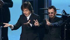Dva 'Brouci' jsou víc než jeden. McCartney hraje na basu na novém albu Ringo Starra