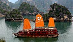 Mystický Halong Bay, chlouba severního Vietnamu