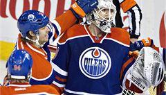 Brankářská senzace v NHL. Scrivens pochytal 59 střel a udržel nulu