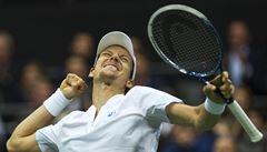 Berdych se v Rotterdamu po roce a čtvrt dočkal turnajového titulu