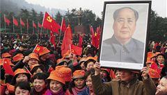 Pouť za předsedou Maem. Čína šíří ideologii 'rudou turistikou'