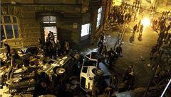Rozštěpená Ukrajina. Krym jde vstříc Rusku, Lvov vyhlásil nezávislost