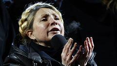Tymošenková je volná, triumfálně přijela za demonstranty na Majdan