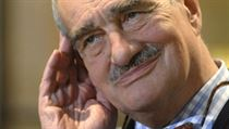 Foreign Minister Schwarzenberg is 'at war' with the trade minister