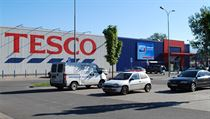 Tesco increases its market share with 128 new stores