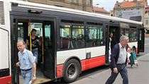Travel by bus is the pits. Prague passengers would welcome the scent of cinnamon and lemon, but the DPP says it's too costly.