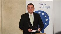 Czech Prime Minister Petr Nečas speaking on Monday about Czech economic priorities in EU