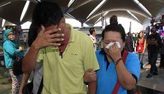 Boeing 777 s 239 lidmi na palubě zmizel z radarů, záchranáři po něm pátrají