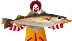 McDonald's v Šanghaji prodává kvůli aféře s prošlým masem jen ryby