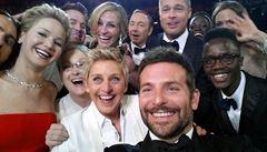 Oscarová noc přinesla nejsdílenější tweet historie
