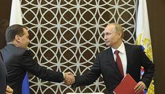 Putin podepsal smlouvu o připojení Krymu k Rusku