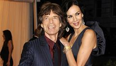 Zesnulá Scottová vydědila příbuzné, majetek odkázala Jaggerovi