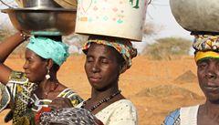 Po stopách UNESCO: V Čadu nás brutálně zatkli, když jsme se zastali dívek. V Africe je žena otrokyní
