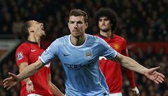 Manchester City přehrál v derby United, Arsenal jen remizoval
