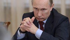 Putin nařídil vrátit Ukrajině zbraně, lodě i letadla zanechané na Krymu