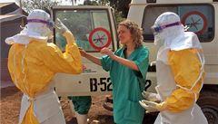 Nad smrtící ebolou ztrácíme kontrolu, varují lékaři v Africe