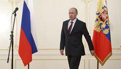 Na Krymu vojáky nemáme, tvrdil Putin. Teď je za obsazení poloostrova vyznamená