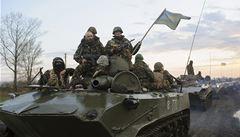 Kyjev oznámil úspěch v boji se separatisty, odrazil útok na sklad zbraní