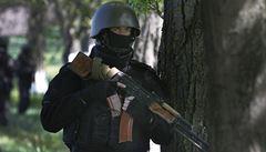 Ve Slavjansku se znovu rozhořely boje mezi armádou a separatisty