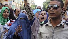 Egyptský soud potvrdil tresty smrti nad téměř 200 islamisty