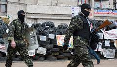 OSN: Vzbouřenci vraždí lidi. Neonacistická zvěř, kontruje Moskva