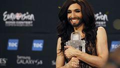 Televizní soutěž Eurovize vyhrála vousatá zpěvačka Conchita Wurst
