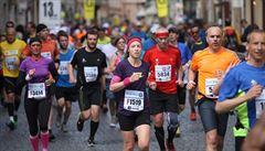 V Česku běhá čím dál víc lidí, velké závody mají i tisíce účastníků