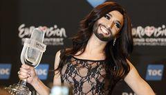 Vousatá Conchita skončí příští Vánoce v krabici, naznačil transvestit