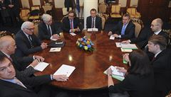 Kyjev připravuje kulatý stůl. Tymošenková ho chce uskutečnit v Doněcku