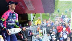 První horskou etapu na Giru vyhrál Ulissi, do růžového se oblékl Evans