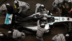 Hamilton vyhrál i ve Španělsku a po čtvrtém triumfu v řadě jde do čela