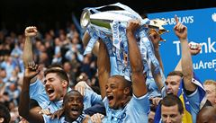 Manchester City je anglickým mistrem, United končí bez pohárů