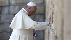 Křesťané, muslimové, židé, respektujme se jako bratři, vyzývá papež